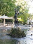 280px-Avignon_-_Fontaine_Jardin_des_Doms