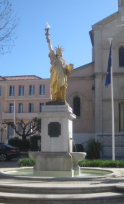 Statue of Liberty in St Cyr