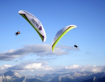 Parapente is one of the experiences offered by 'Bienvenue Chez Vous'