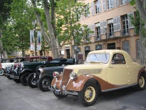 Choose which vintage car you want to ride round town
