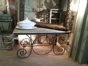 antiques2