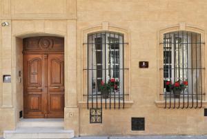 facade_hotel