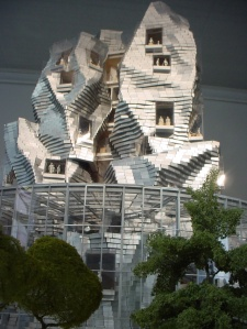 "Frank-Gehry-""Luma-Foundation-Arts-Resource-Centre""-2013a"