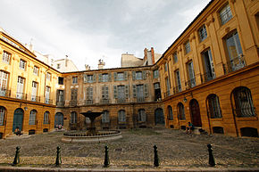 290px-Immeubles_formant_la_place_d'Albertas