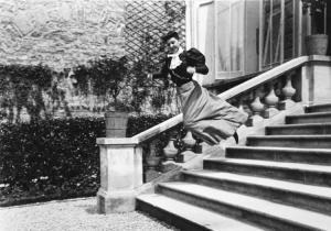 MY-COUSIN-BICHONNADE-PARIS-1905-by-JACQUES-HENRI-LARTIGUE-1894-1986-C32027
